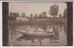 CARTE PHOTO : BALLADE EN CANOT SUR LA SEINE - CANOTAGE - AVIRON - HOMMES EN CANOTIER - PARIS FONTAINE 1906 - 2 SCANS - - Cartes Postales