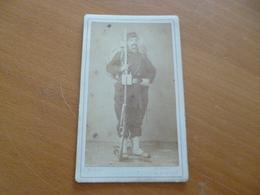 Photo CDV Fin 19ème Début 20ème Millot Beaune  Militaire N°3 Soldat Vers 1870/1880 - Guerre, Militaire