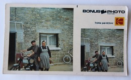 Photo Kodak Couple Breton Coiffe Moto Mobylette Bretagne 35 - Zu Identifizieren