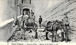 CORSE  - BONIFACIO - Porteurs D'Eau - Enfants - France