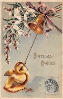 ¤¤   -  ILLUSTRATEUR   -  Joyeuses Pâques  -  Poussin , Cloche , Fleurs  -  Carte Gauffrée  -  ¤¤ - Pâques
