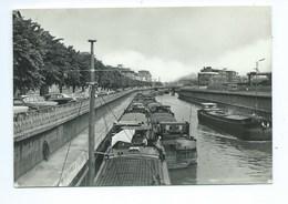 Charleroi Le Canal Péniche - Charleroi