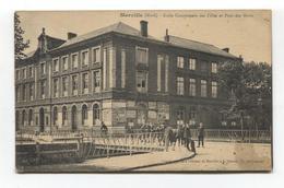 Merville (Nord) - École Communale Des Filles Et Pont Des Morts, Animation - Merville