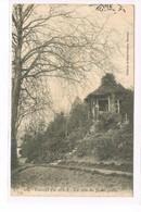 CPA (49) Cholet. Un Coin Du Jardin Public (089) - Cholet