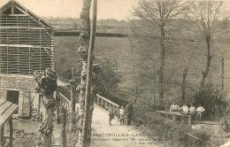 BRETTEVILLE SUR LAIZE  OUVRIERS REPARANT LES VANNES INONDATIONS 07/05/1907 - Andere Gemeenten