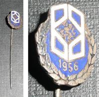 Rare épingle à Cravate En Métal émaillé, Couronne De Lauriers 1956 - Jewels & Clocks