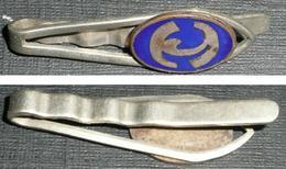 """Ancienne Pince à Cravate Ou Foulard En Métal émaillé, Monogramme Stylisé, """"H"""" ?? - Jewels & Clocks"""