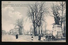 DENDERMONDE  OORLOG 1914 - 1918  ==  DE KERKSTRAAT  STANDBEELD EERW.PATER - Diksmuide