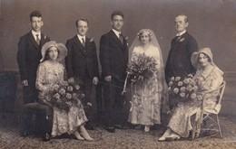 Postcard Unknown Wedding Group By Sharples Of Blackburn Lancashire Wedding / Fashion Interest My Ref  B12131 - Marriages