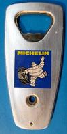 DECAPSULEUR MICHELIN PNEU BONHOMME BIBENDUM - Bottle Openers