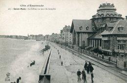 FRANCE -  Saint-Marlo.  Le Sillon Un Jour De Tempete - Saint Malo