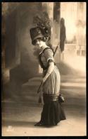 B3691 - Hübsche Junge Frau - Erotik - Mode Frisur Kleid Hut - Pretty Young Women - Gel Güstrow 1911 - Mode