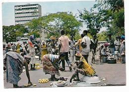 Cpm St003884 Cote D'ivoire Abidjan Le Marché - Côte-d'Ivoire