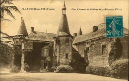 N°764 RRR GG  LE POIRE SUR VIE COUR D HONNEUR DU CHATEAU DE LA METAIRIE - Poiré-sur-Vie