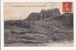CPA 44 THARON Abris De Douane Sur Les Rochers - Tharon-Plage