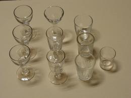 Verres Liqueur Anciens Blanc  Lot De 10 Verres TBE - Glasses