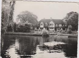 CPSM B9 THE BELLS OF OUSELEY WRAYSBURY Envoyée En 1964 - Windsor