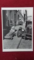 CPM ROBERT DOISNEAU BOLIDES PARIS 1956 - Doisneau