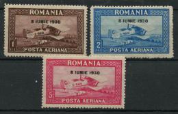 Roumanie (1930) PA N 4 A 6 (charniere) Ondulé Horizontale - Poste Aérienne