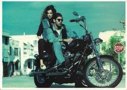 Couple Sur Moto Harley Davidson (2 Scans) - Motos