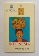 Indonesie Telefoonkaart - Telkom Indonesia (Cultural Woman Carrying Fruits) 100 Unit (Used) - Indonesia