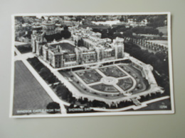 ANGLETERRE BERKSHIRE WINDSOR CASTLE FROM THE AIR SHOWING EAST TERRACE - Windsor Castle
