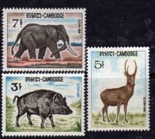 Cambodge N° 184 / 86 XX  Animaux : Sanglier, Cerf Et éléphant Les 3 Valeurs Sans Charnière  TB - Cambodia