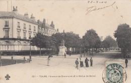 CPA - Tours - L'avenue Grammont Et La Statue De Balzac - Tours