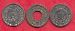 Algérie 3 Jetons (Reig ------ALGER) (Volant-troué Et Avec Un Point) - Monetary /of Necessity