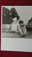 ROBERT DOISNEAU LE PIGEON DE MARLY 1964 - Doisneau