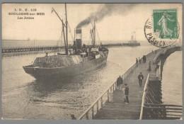 CPA 62 - Boulogne Sur Mer - Les Jetées - Boulogne Sur Mer