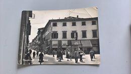 CARTOLINA MONTEVARCHI - VIA ROMA - Arezzo