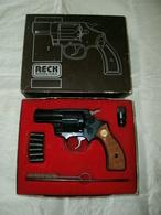 Revolver D'alarme RECK COBRA Cal.380 Knall (inapte Au Tir , Cheville Dans Le Canon ) Vente Libre - Armi Da Collezione