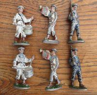Lot De 6 FIGURINES EN ALU : Marins MUSICIENS OU AVEC ARMES - Figurines