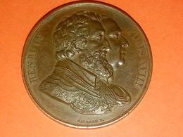 SUPERBE MÉDAILLE DE RECONNAISSANCE HENRI IV LOUIS XVIII GRAVEUR GAYRARD F. 3.2 CM 20.50 Gr BR CU ? - Royal / Of Nobility