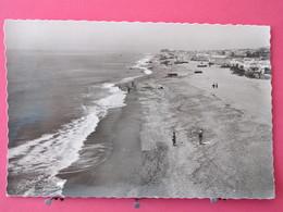 Visuel Pas Très Courant - Espagne - Torremolinos - Playa De La Carihuela - CPSM 1960 -  Scans Recto-verso - Malaga