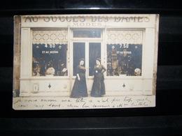 Carte Photo Magasin Au Succès Des Dames Mode Chapeaux Années 1900 à Situer - Métiers
