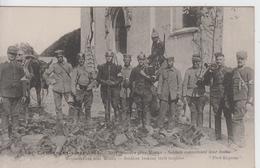 SEINE Et MARNE - 158 - La Grande Guerre 1914 - NEUFMONTIERS Près  Meaux - Soldats Examinant Leur Butin - Andere Gemeenten