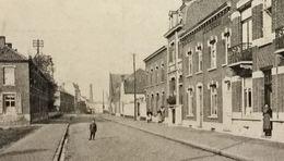 Thulin Bas De La Rue Haute (attelage En Arrière Plan Et Charbonnage??) - Hensies