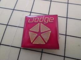 Pin513i Pin's Pins : BEAU ET RARE :  Thème AUTOMOBILES / LOGO DE LA MARQUE DODGE - Peugeot