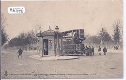NEUILLY-SUR-SEINE- LA STATION ET LE TRAMWAY A L ANGLE DE L AVENUE DU ROULE ET DU BOULEVARD VICTOR-HUGO - Neuilly Sur Seine