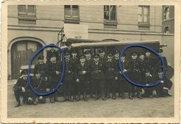 TOURNAI - DOORNIK : Brandweer - Pompiers :  Vieux Photo 1949 :   17.5 X 12 Cm   Studio Valère Delvigne Ch. De Renaix - Lieux