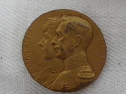 JETON / TOKEN  Militaire - WW1 -La Grande Guerre - LL. MM. Albert Et Elisabeth L'UNION FAIT LA FORCE - Army & War
