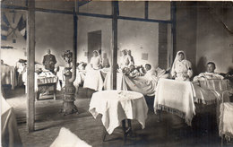 Carte Photo Non Localisée - Infirmières, Soldats Blessés , Croix Rouge,    (106066) - Salud