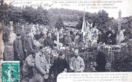 14 - LISIEUX - Groupes De Soldats Qui Sont Venus Prier Sur La Tombe De Therese De L Enfant Jesus - Guerre 1914 - Militar - Lisieux