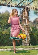 PIN UP - Donnina In Posa Sexy All'altalena - Charme - Moda - Fashion - Sexy Woman - 1967 - Pin-Ups