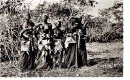 Cpa Guinée Dabola Danses Et Choeur De Jeunes Filles - Guinée