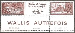 Wallis Und Et Futuna 2006 Vues Ancients Autrefois Michel No. 930-31Z Se Tenant Avec Vignette 3er-Str MNH Postfrisch Neuf - Wallis Und Futuna