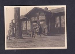 Photo Originale Amateur Metz Ile St Saint Symphorien Poste De Police 402 402è Regiment Artillerie Bureau Officiers 1934 - Guerre, Militaire