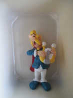 Asterix - Figurine Bridelix Plastoy 1999 -  Assurancetourix - Asterix & Obelix